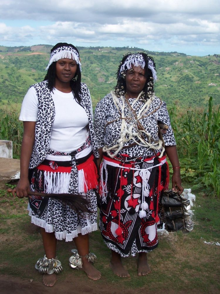 sangomas - Traditional Zulu Wedding Cakes